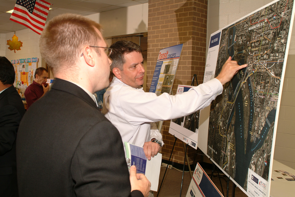 Community discussions on the 14th Street Bridges