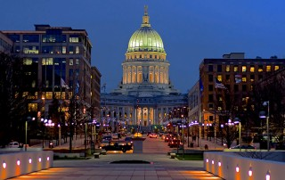 Photo of capital building of Madison Wisconsin